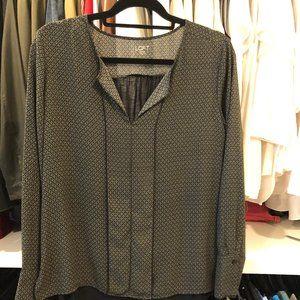 LOFT light weight blouse